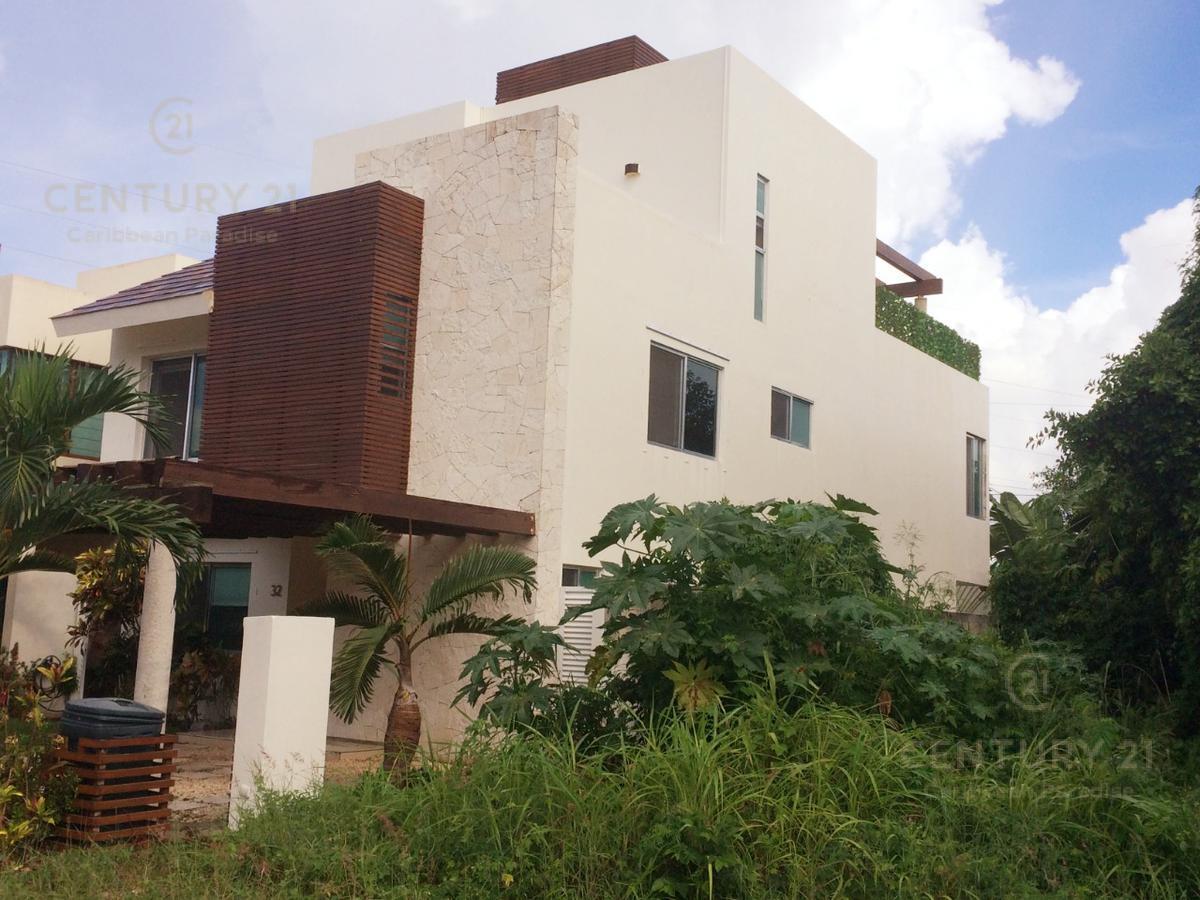 Foto Casa en Venta | Renta en  Benito Juárez ,  Quintana Roo  Magnífica Casa en Venta y Renta en Residencial Cumbres Cancún C2672