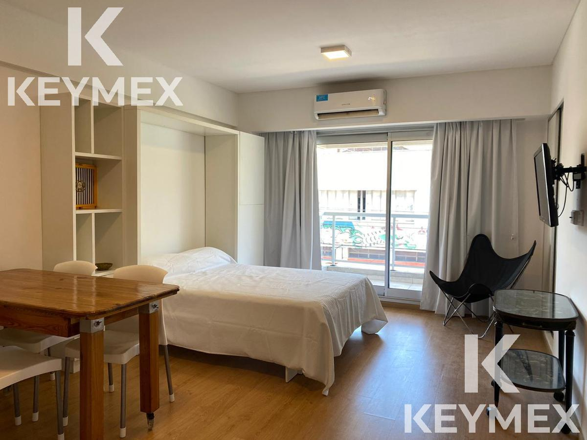Foto Departamento en Alquiler temporario en  Palermo ,  Capital Federal  Monoambiente con gran balcón y amenities