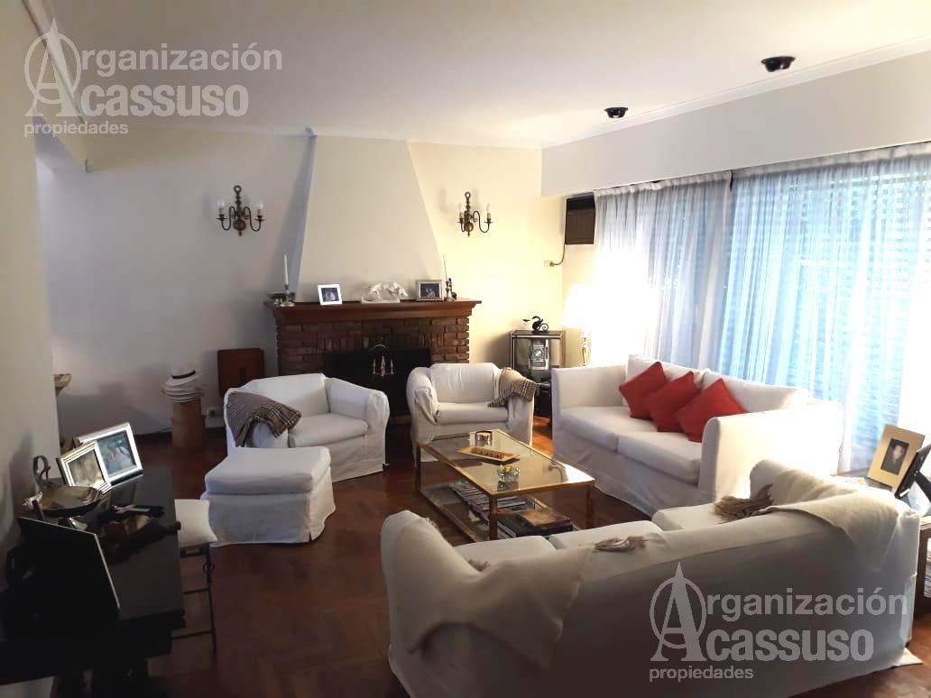 Foto Casa en Alquiler temporario | Alquiler en  San Isidro ,  G.B.A. Zona Norte  Casa en Venta en Barrio Parque de Las Carreras