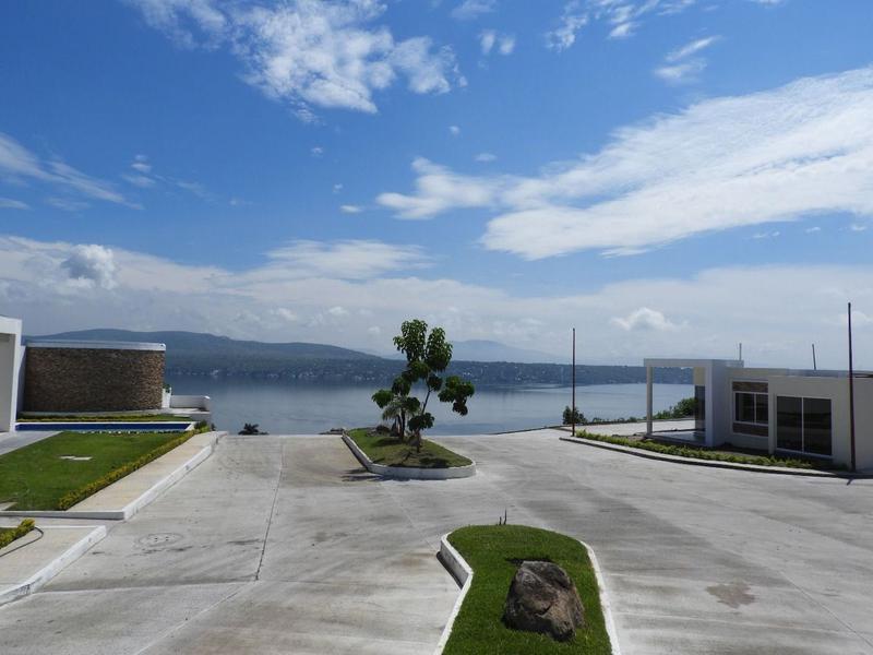 Foto Terreno en Venta en  Pueblo Tequesquitengo,  Jojutla  Venta de Terreno, Fracc. Colinas del Lago Tequesquitengo... Cv-2287