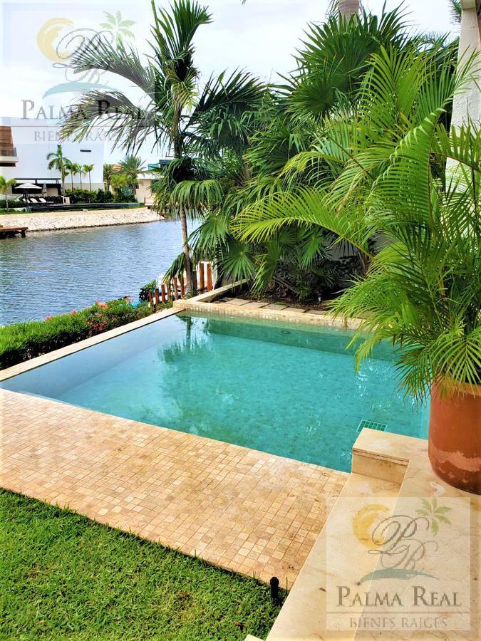 Foto Casa en Venta en  Supermanzana 2 Centro,  Cancún  EXCLUSIVA PROPIEDAD CON MUELLE (PUERTO CANCUN)