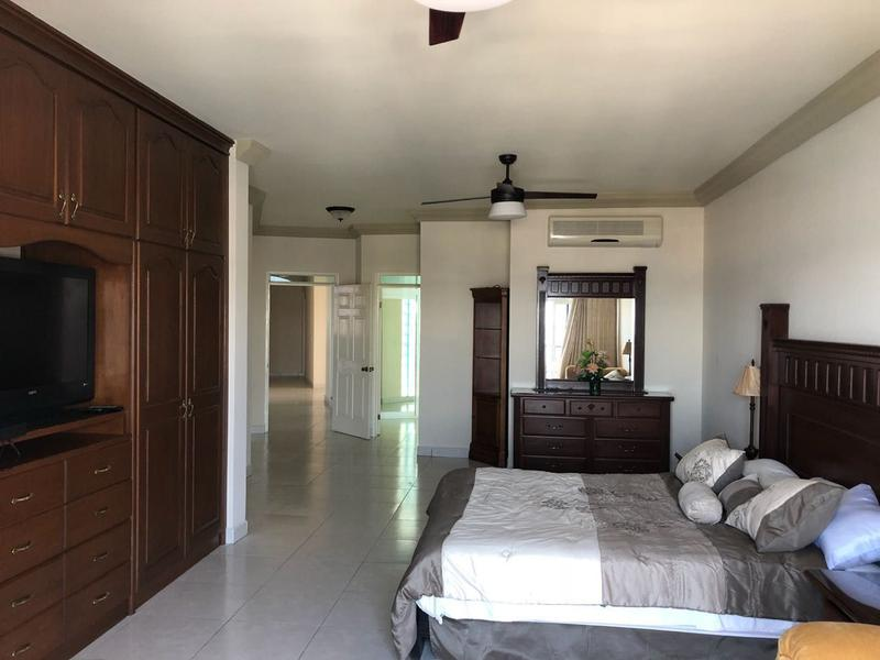 Foto Casa en condominio en Renta en  Lomas de Palmira,  La Paz  PENTHOUSE ATALANTA MARINA