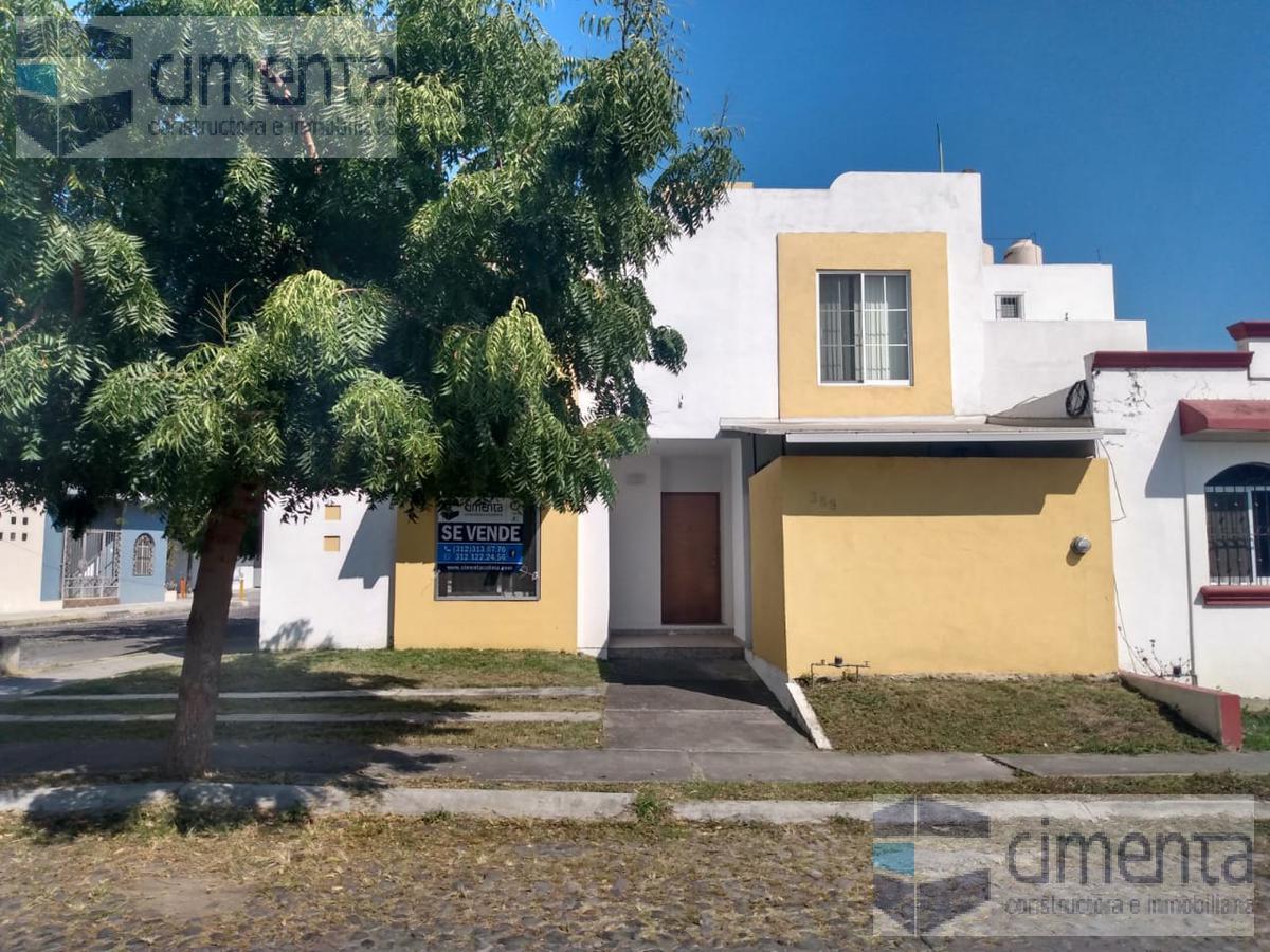 Foto Casa en Venta en  Colima ,  Colima  PASEO DE LOS NARDOS 388