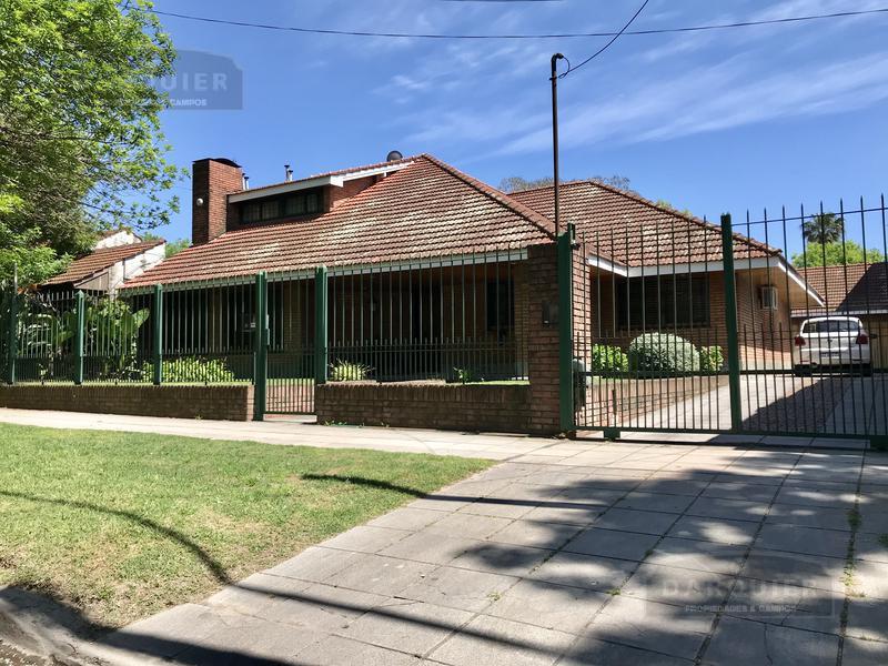 Foto Casa en Venta en  Adrogue,  Almirante Brown  BYNON 2829