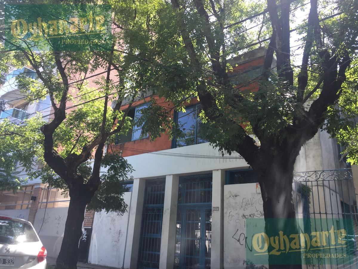 Foto Edificio Comercial en Venta    en  Moreno ,  G.B.A. Zona Oeste  Ituzaingó al 800