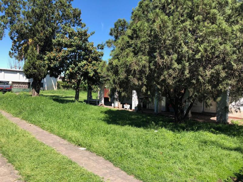 Foto Local en Alquiler en  Ituzaingó,  Ituzaingó  Lavalleja y Santa Rosa