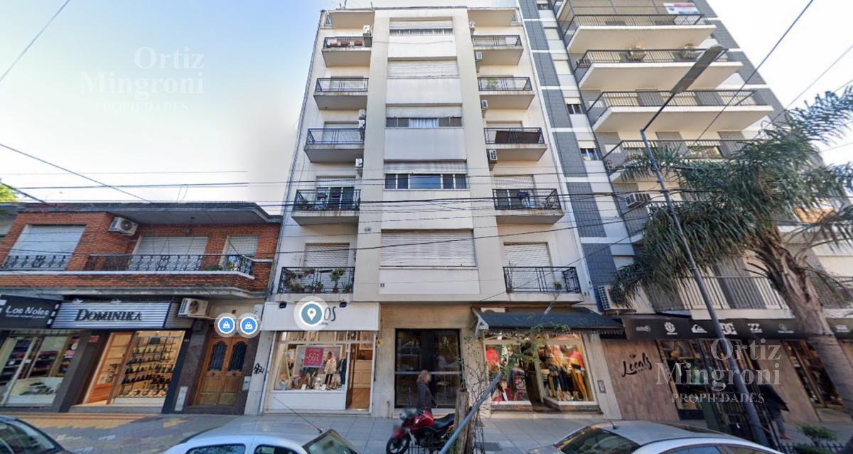 Foto Departamento en Venta en  Lomas De Zamora ,  G.B.A. Zona Sur  España al 300