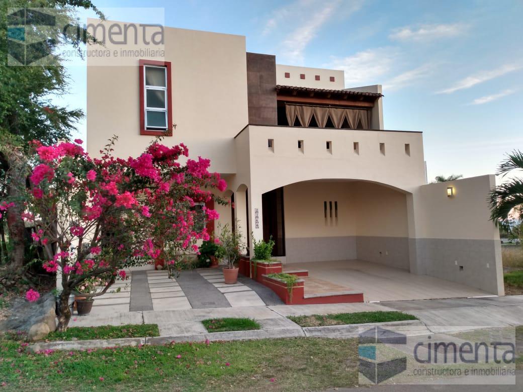 Foto Casa en Venta en  Colima ,  Colima  PRIVADA PERLA 2260, FRACC. REAL SANTA BARBARA