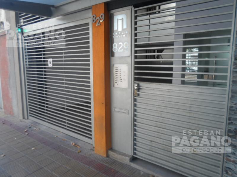 Foto Cochera en Venta en  La Plata,  La Plata  38 e 11 y 12