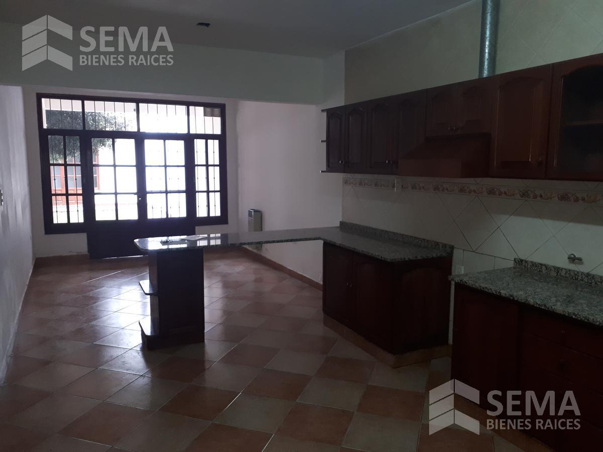Foto Casa en Alquiler en  Zona Centro,  Salta  Antonio Cornejo al 100