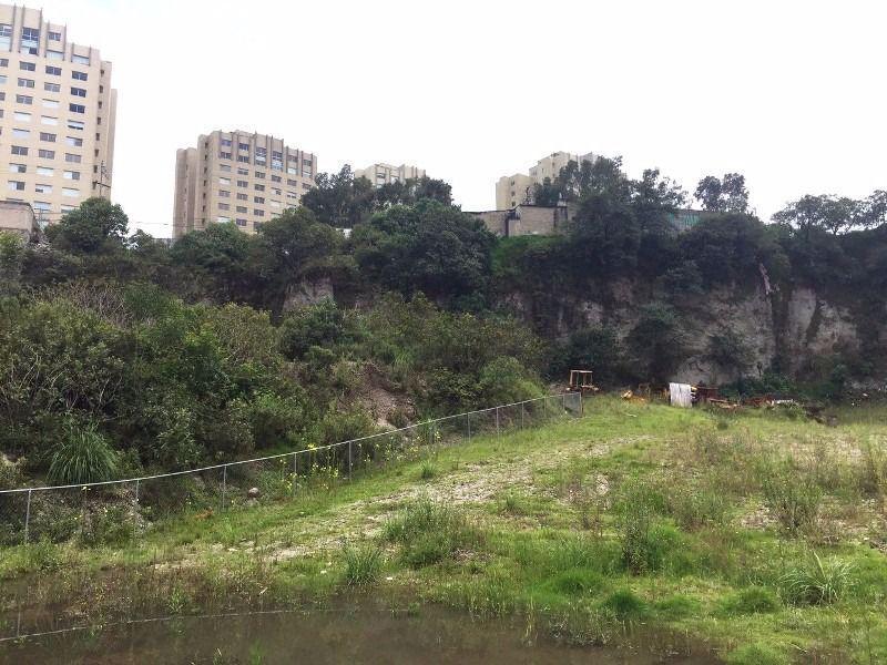 Foto Terreno en Venta en  Jesús del Monte,  Huixquilucan  Huixquilucan, para 400 viviendas, Sobre Avenida, Terreno de 13,325m2