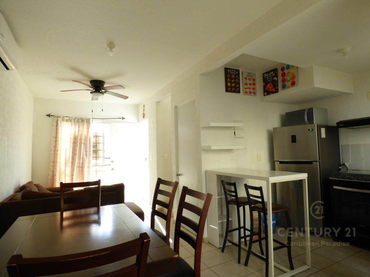 Las Palmas House for Rent scene image 11