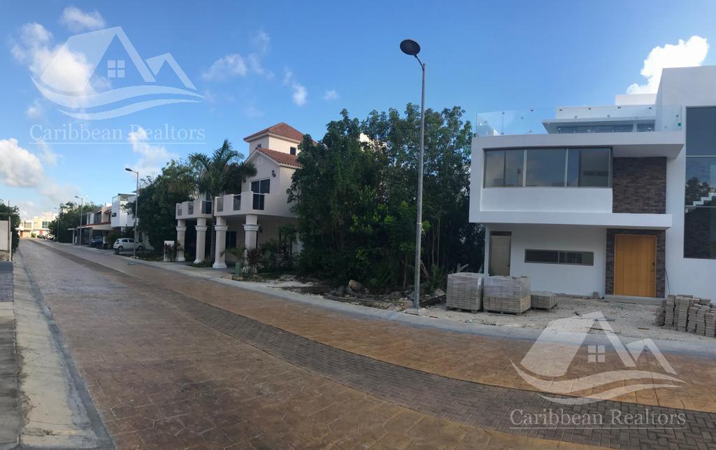Foto Terreno en Venta en  Arbolada,  Cancún  Terreno en venta en Arbolada Cancun
