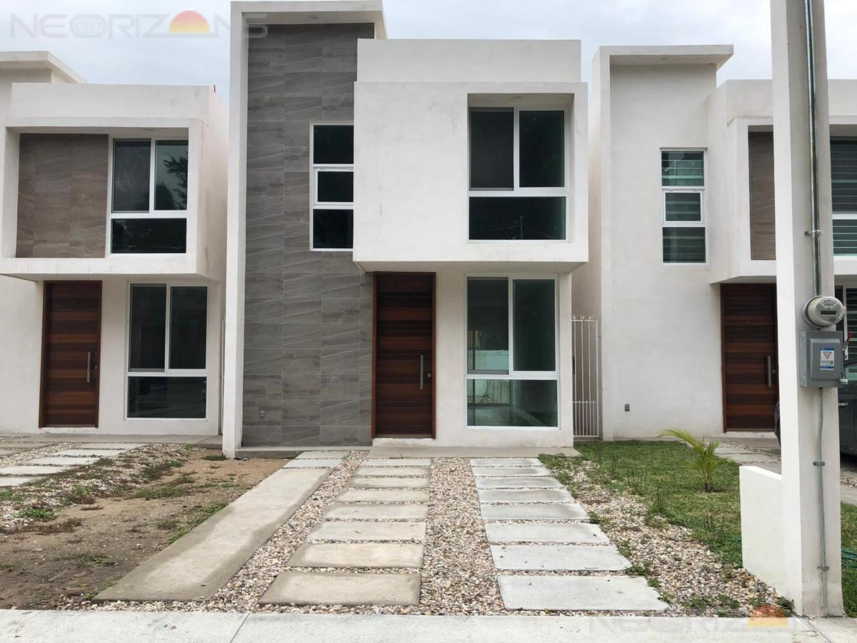 Foto Casa en Venta en  Fraccionamiento Jardines de Champayan,  Tampico  Casa en Venta en Col. Jardines de Champayán, Tampico Tamps.