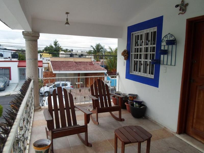 Foto Casa en Venta en  Región 507,  Cancún  Se Vende Casa en Cancun 5 Recamaras Atrás de La Gran Plaza