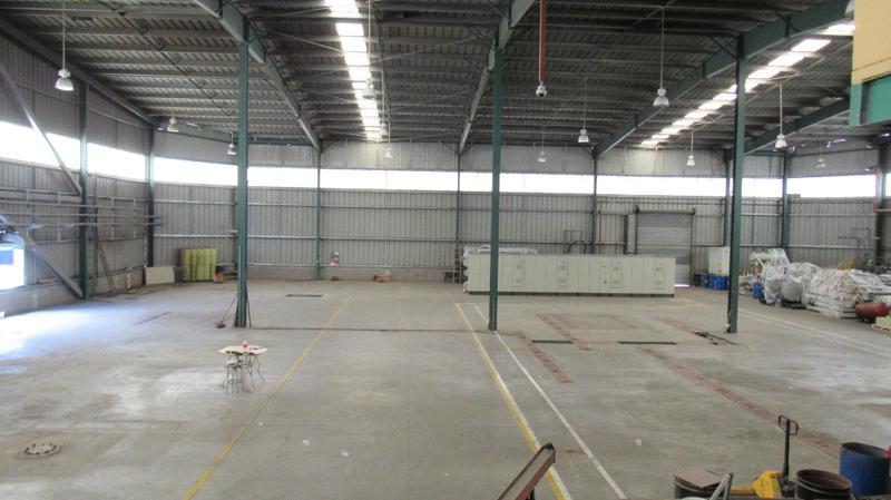 Foto Bodega Industrial en Renta en  Colima,  Tibas  Bodega en alquiler en Tibas