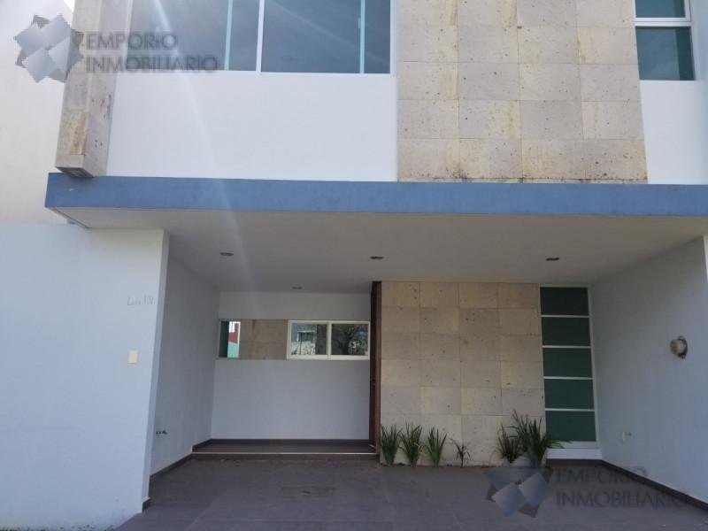 Foto Casa en Venta en  Fraccionamiento Valle Imperial,  Zapopan  Casa Venta Valle Imperial Coto Imperio Sueco#2 $2,950,000 A257 E1