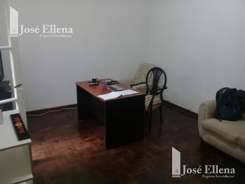 Foto Casa en Venta en  Centro,  Rosario  Sarmiento al 500