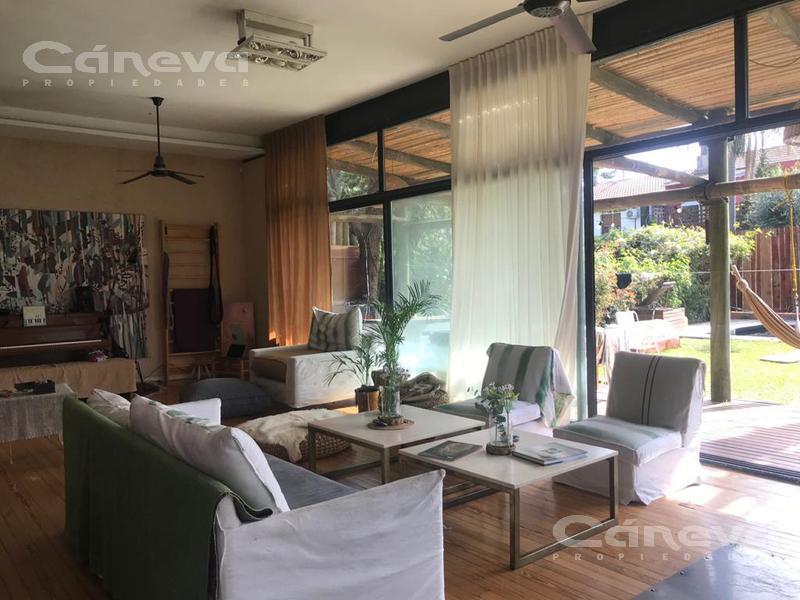Foto Casa en Alquiler temporario en  San Isidro,  San Isidro  san Isidro, bajo febrero usd 2800