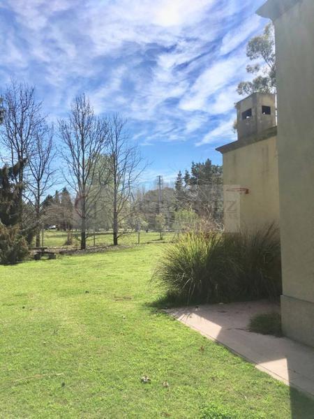 Foto Casa en Venta en  Chacras De Murray,  Countries/B.Cerrado (Pilar)  Chacras de Murray al 200