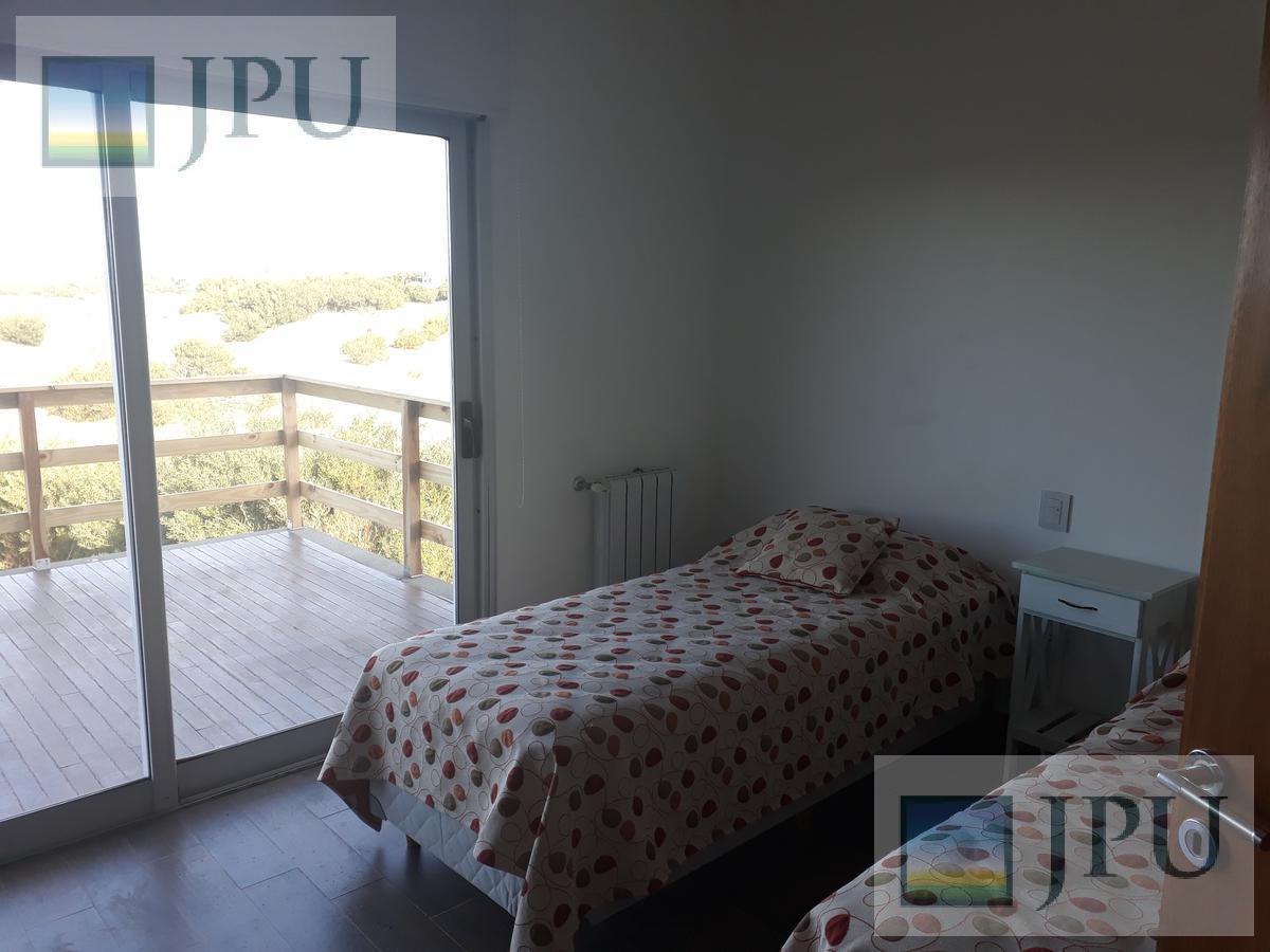 Foto Casa en Alquiler temporario en  Costa Esmeralda,  Punta Medanos  Golf 192