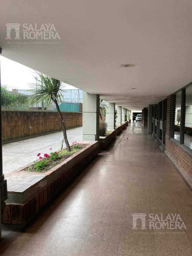 Foto Departamento en Alquiler en  Olivos-Vias/Rio,  Olivos  Av del Libertador al 2800