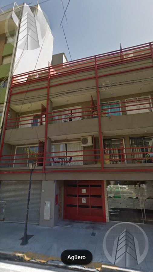 Foto Local en Venta en  Almagro ,  Capital Federal  Aguero al 700