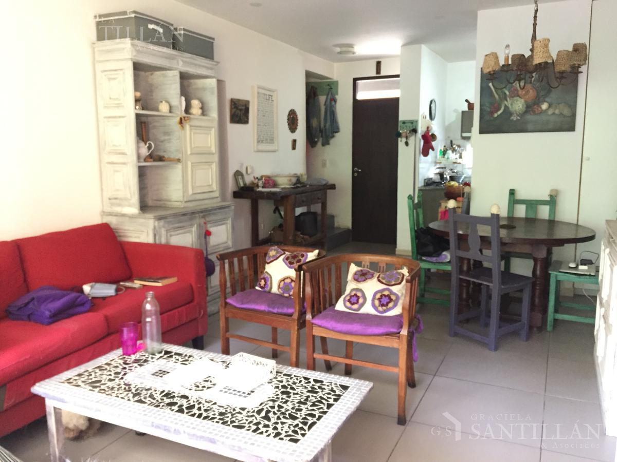 Foto Casa en Venta en  Tigre,  Tigre  San Simón, Tigre | Triplex