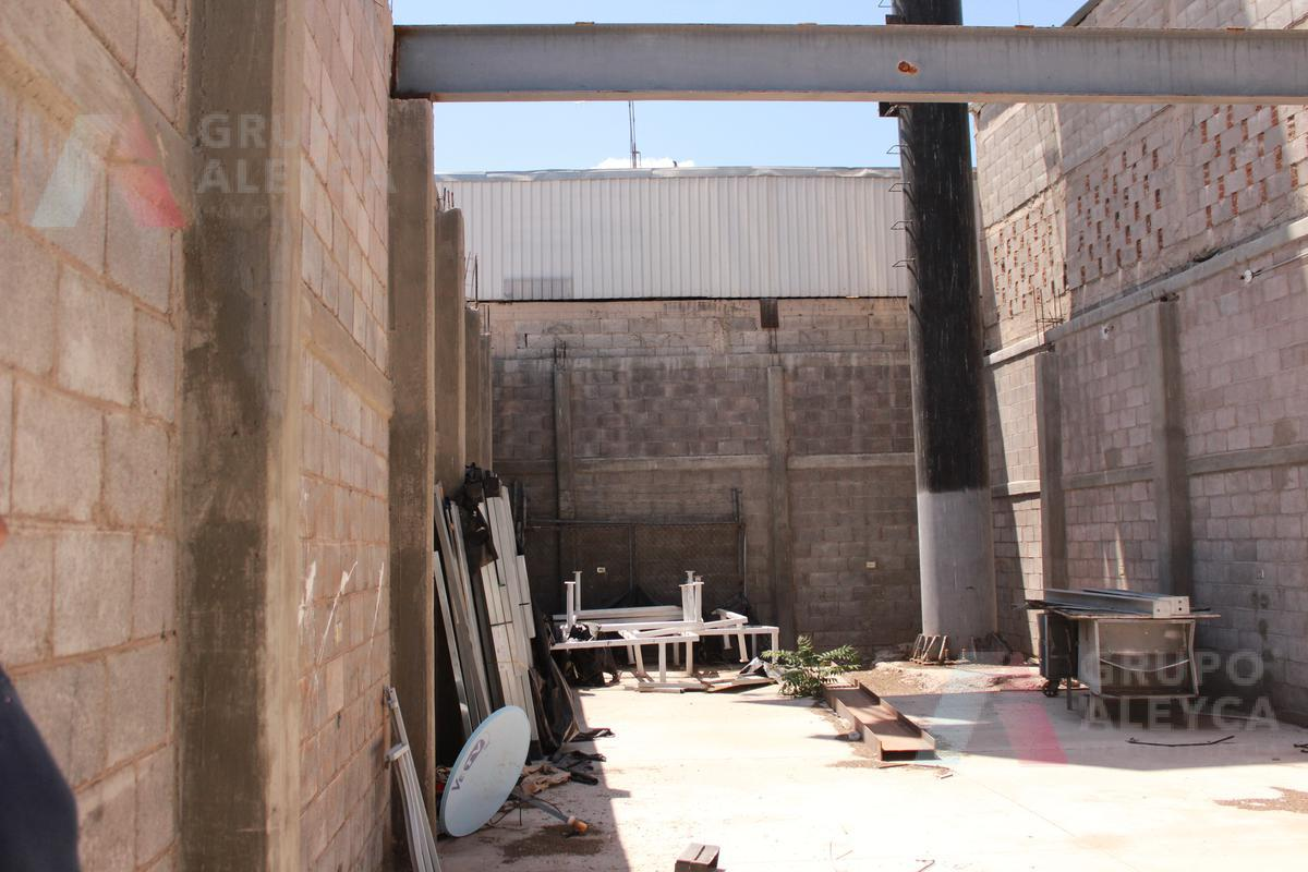 Foto Bodega Industrial en Renta en  Revolución,  Chihuahua  Revolución