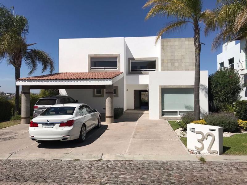 Foto Casa en Renta en  Fraccionamiento El Campanario,  Querétaro  Residencia en Venta y Renta con Vista Panoramica en el Campanario