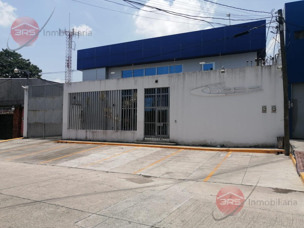 Foto Local en Renta en  San Pedro Sula ,  Cortés  Amplio local comercial en 2do nivel, en colonia Moderna, San Pedro Sula.