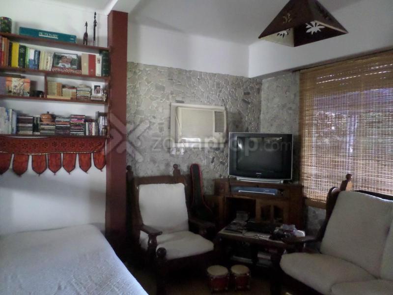Foto Casa en Venta en  Lomas De Zamora ,  G.B.A. Zona Sur  Posadas 400 - APTO CRÉDITO !!