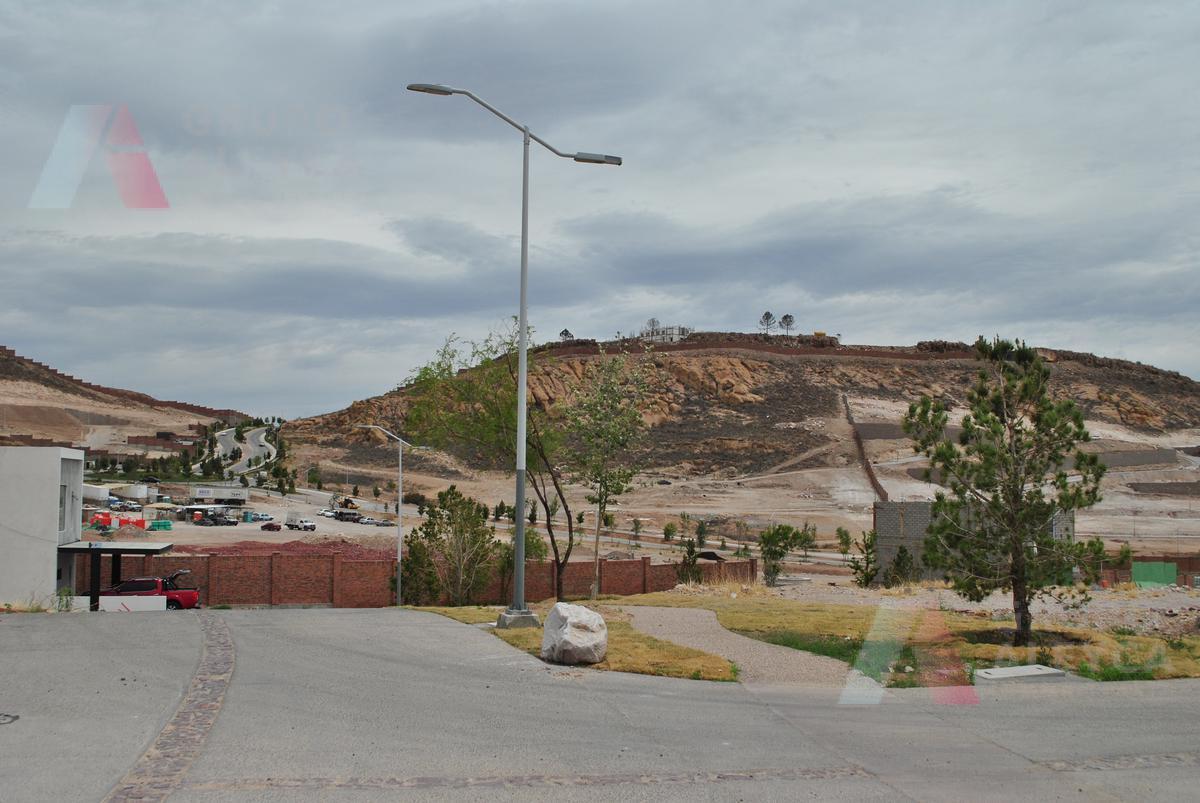 Foto Terreno en Venta en  Altozano,  Chihuahua  Paseo del Bisonte Altozano