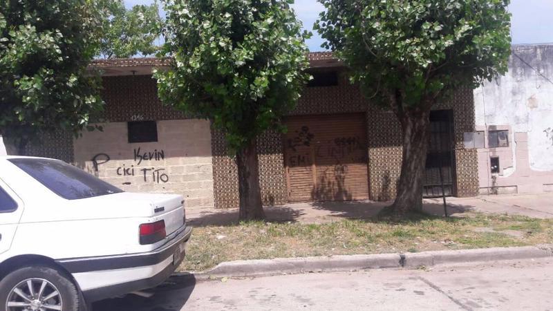 Foto Casa en Venta en  Lomas De Zamora,  Lomas De Zamora  Gaona al 1300