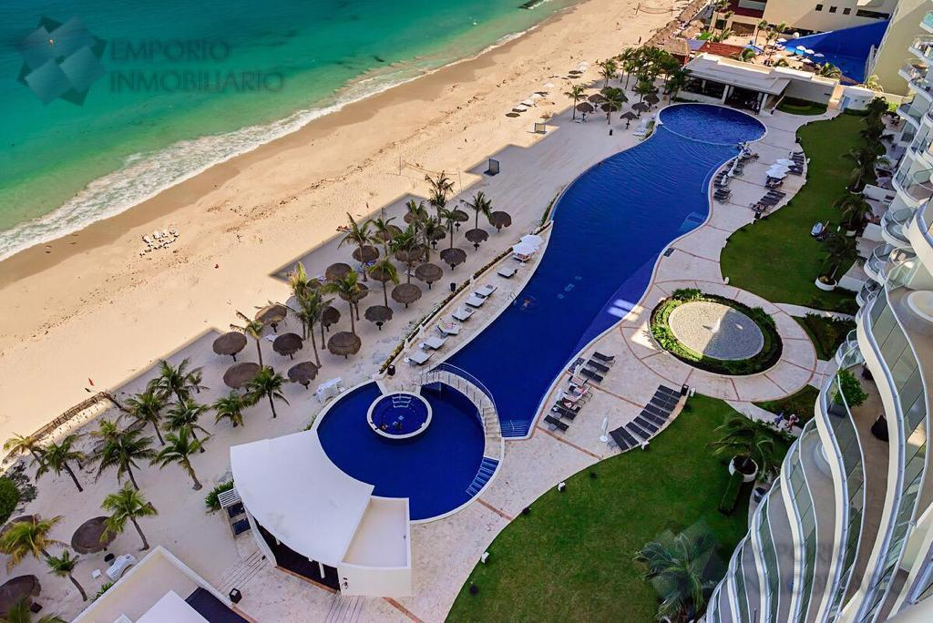 Foto Departamento en Venta en  Zona Hotelera,  Cancún  Departamento Zona Hotelera Condominio LAHIA $2,100,000 USD A2 ERM1