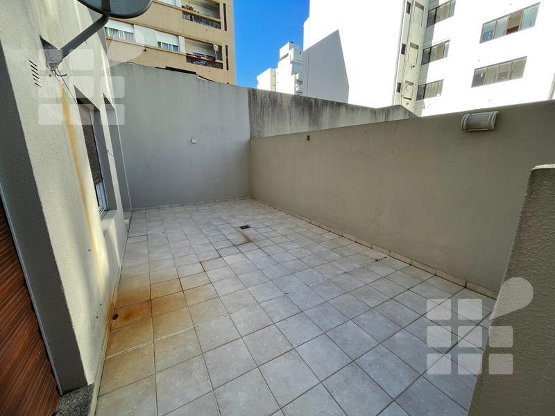 Foto Departamento en Venta en  La Plata ,  G.B.A. Zona Sur  12 N º487 e/ 41 y 42