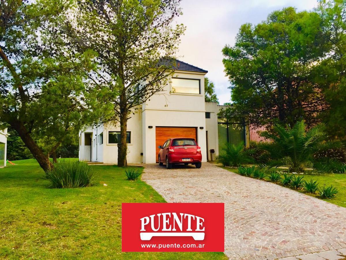 Foto Casa en Venta | Alquiler en  Saint Thomas,  Countries/B.Cerrado  Saint Thomas Este