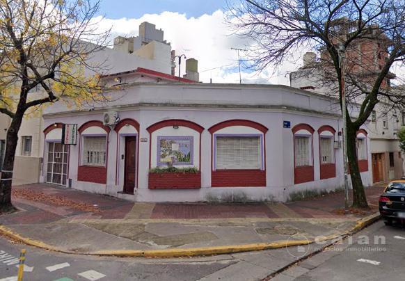 Foto Casa en Venta en  Floresta ,  Capital Federal  Martinez Castro al 600, esquina Tandil,CABA