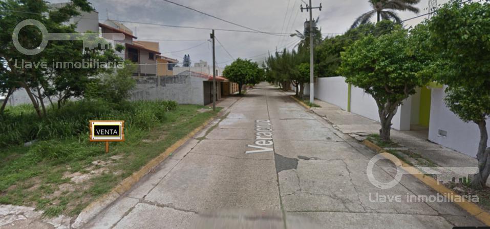 Foto Terreno en Venta en  Petrolera,  Coatzacoalcos  Terreno Residencial en Venta, Col. Petrolera.