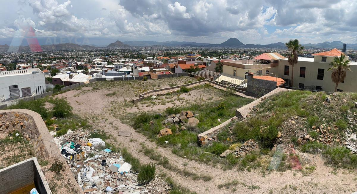 Foto Terreno en Venta en  Campanario,  Chihuahua  Col. Campanario
