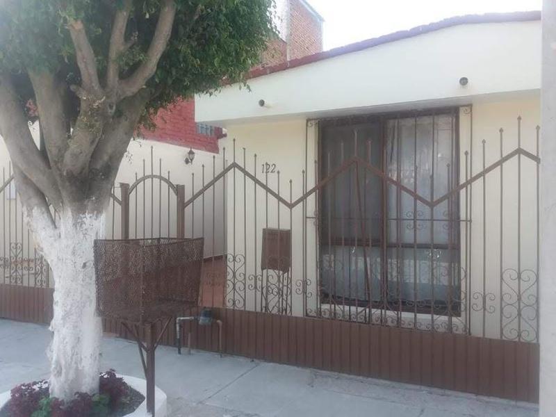 APARTADA! Casa en Renta, 1 planta en Hacienda Echeveste, León, Gto.