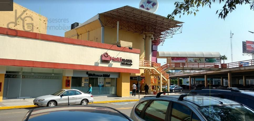 Foto Local en Renta en  Valle Dorado,  Tlalnepantla de Baz  SKG  Renta Local en Perif. Blvd. Manuel Ávila Camacho,  Valle Dorado