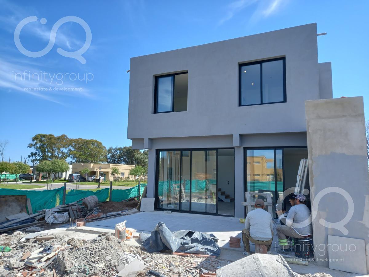 Foto Casa en Venta en  San Ramiro ,  Pilar Del Este  Venta Casa a Estrenar Noviembre 2021 - San Ramiro - Pilar del Este