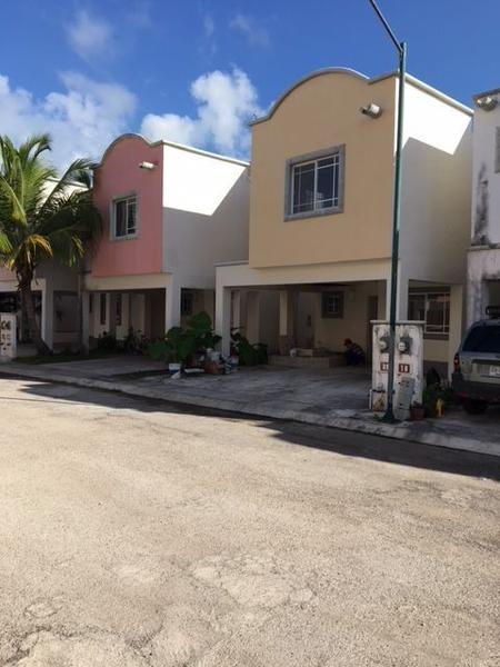 Foto Casa en Venta en  Cancún Centro,  Cancún  Casa Jardines del Caribe