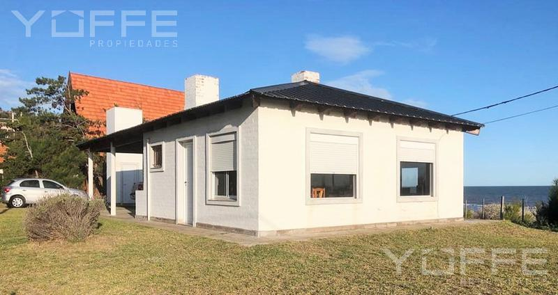 Foto Casa en Venta en  Pehuen Co,  Coronel Rosales  Pehuen Co