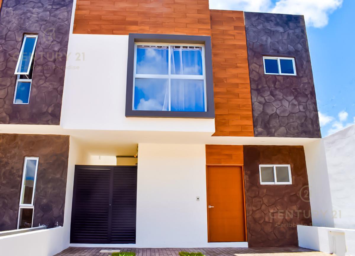 Foto Casa en Venta en  Supermanzana 312,  Cancún  CASA EN VENTA  EN ARTIKA CANCÚN  AV. PROLONGACIÓN LA LUNA C2539