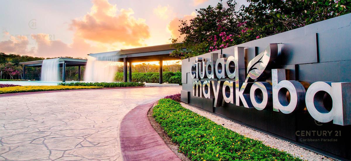 Foto Departamento en Venta en  Playa del Carmen ,  Quintana Roo  En venta espectacular departamento en Jardines de MAYAKOBA,  Playa del Carmen P2814