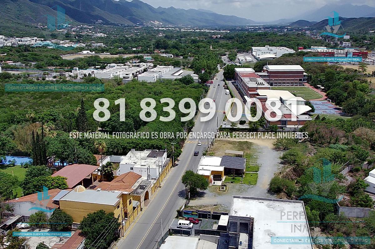 Foto Local en Renta en  El Uro,  Monterrey  LOCAL EN RENTA EN PLAZA LEMON, CARRETERA NACIONAL, N.L.