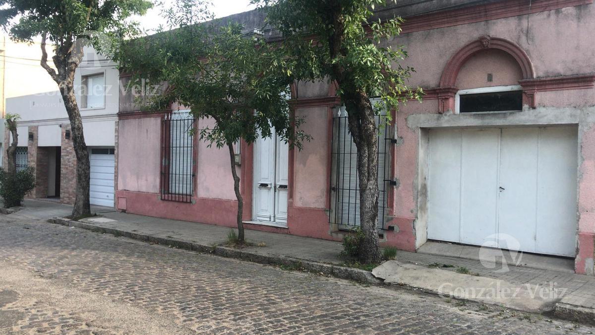 Foto Casa en Alquiler en  Zona centro,  Carmelo  Lavalleja 318 entre Uruguay y Zorrila