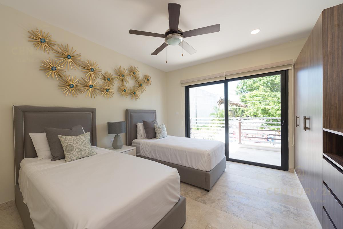Playa del Carmen Apartment for Sale scene image 30